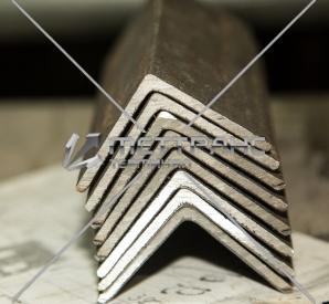 Уголок алюминиевый в Тюмени